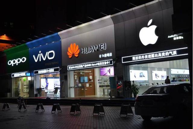 Apple và Samsung: Hai vị vua phải đối mặt với sức ép quá lớn từ sự trỗi dậy mang tên Trung Quốc - Ảnh 2.