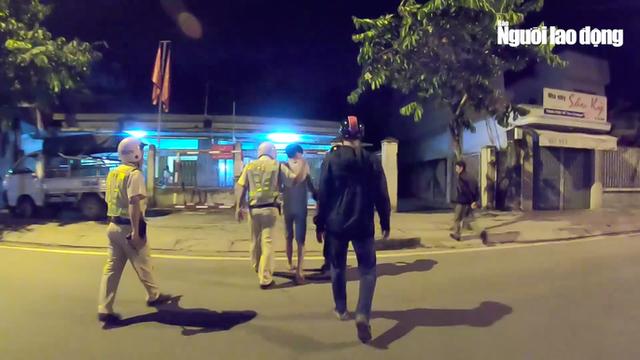 [VIDEO] - Cận cảnh lực lượng 363 Công an TP HCM trấn áp tội phạm - Ảnh 6.