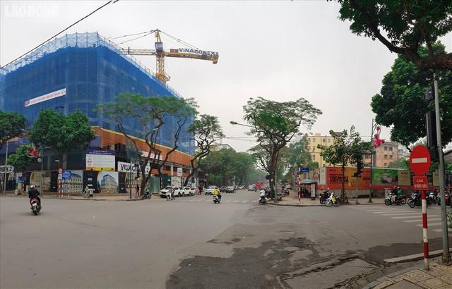 """Cận cảnh 2 khu đất """"vàng"""" Hà Nội xin xây vượt tầng gần Hồ Gươm - Ảnh 2."""