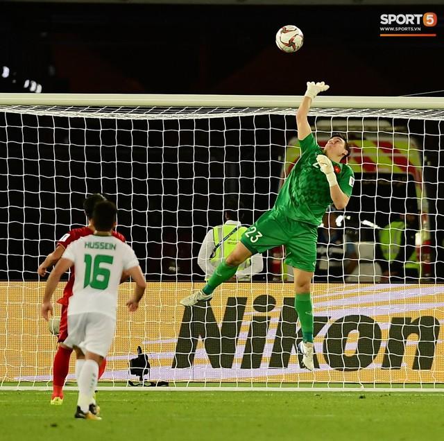 HLV Park Hang-seo: Tôi tự hào khi Việt Nam chơi ngang ngửa Iraq - Ảnh 2.