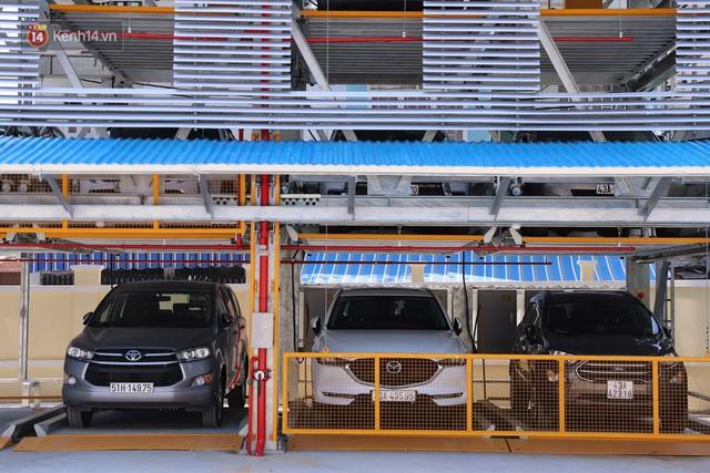 Cận cảnh bãi đỗ xe 6 tầng thông minh, tự động xếp hình đầu tiên ở Đà Nẵng - Ảnh 8.