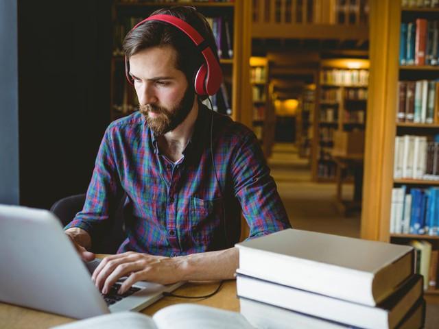 Làm sao để nổi bật trong mắt nhà tuyển dụng? Không cần là người xuất sắc nhất, chỉ cần 5 biểu hiện này - Ảnh 4.