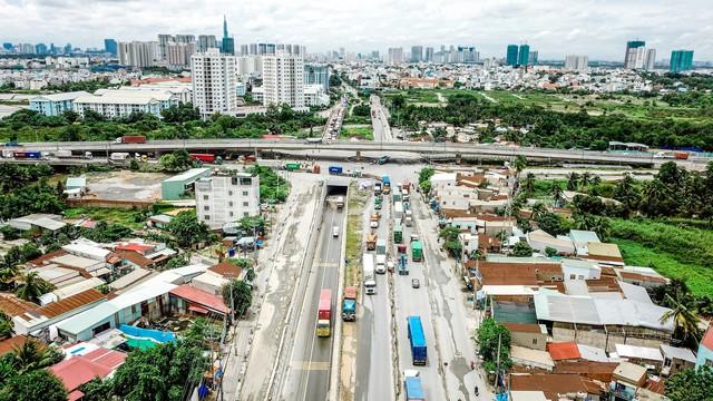 Toàn cảnh hạ tầng giao thông đồ sộ ở 4 cửa ngõ khu Đông Sài Gòn, nơi thị trường BĐS phát triển như vũ bão - Ảnh 3.  Toàn cảnh hạ tầng giao thông đồ sộ ở 4 cửa ngõ khu Đông Sài Gòn, nơi thị trường BĐS phát triển như vũ bão dji0221 1571627033689115479358