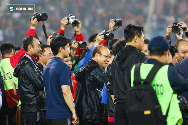 NÓNG: VFF ấn định ngày ký hợp đồng với thầy Park, không đặt chỉ tiêu vô địch SEA Games - Ảnh 1.