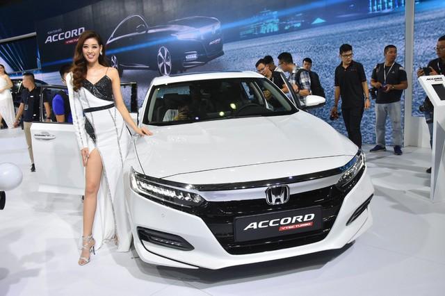 Gần 100 mẫu ôtô mới nhất trình diễn tại Vietnam Motor Show 2019 - Ảnh 5.