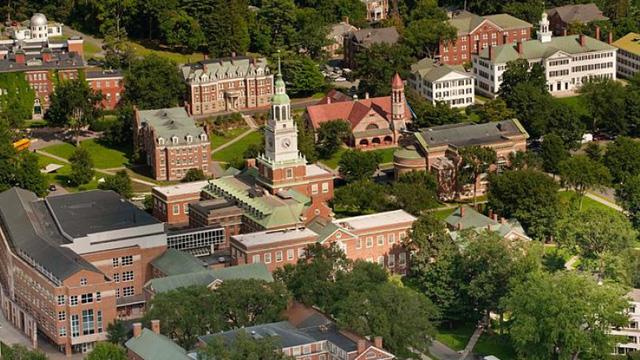 Hầu hết top 400 tỷ phú của Forbes đều xuất thân từ những ngôi trường danh tiếng này: Vị trí số 1 không phải Harvard, Stanford lẫn Yale!  - Ảnh 6.