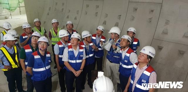Cận cảnh đường hầm metro Bến Thành - Suối Tiên có nguy cơ trễ hẹn khai thác vào năm 2020 - Ảnh 1.