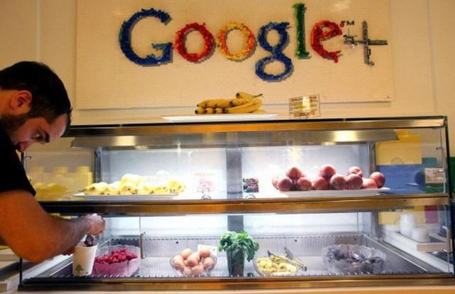 Tò mò suất ăn của nhân viên những công ty đình đám nhất thế giới: Văn phòng Google, Apple, Facebook chẳng thua nhà hàng 5 sao - Ảnh 4.