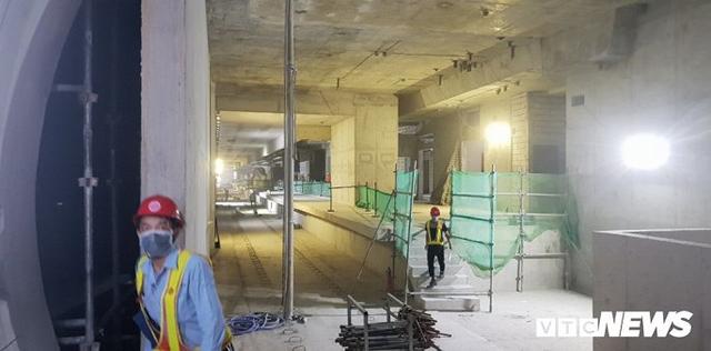 Cận cảnh đường hầm metro Bến Thành - Suối Tiên có nguy cơ trễ hẹn khai thác vào năm 2020 - Ảnh 6.