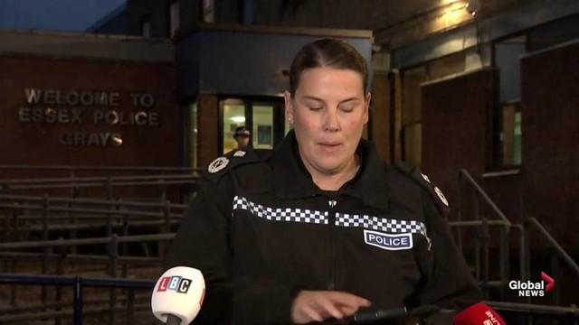 39 thi thể ở Anh: Cảnh sát tìm thấy gì sau 4 ngày điều tra? - Ảnh 3.