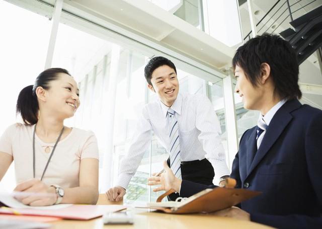 Sếp khôn ngoan là người thuê nhân sự về để học hỏi từ họ chứ không phải chỉ mỗi sai khiến - Ảnh 3.