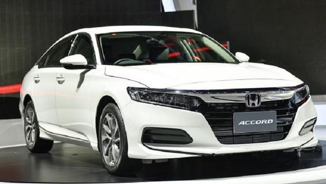 5 mẫu xe mới ra mắt khách Việt trong tháng 10 - Ảnh 2.