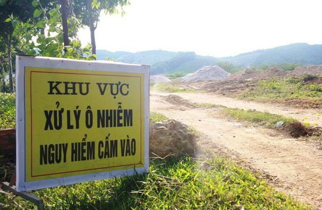 Yêu cầu di dời gấp chất thải nguy hại tại Nhà máy nước Sông Đà - Ảnh 2.