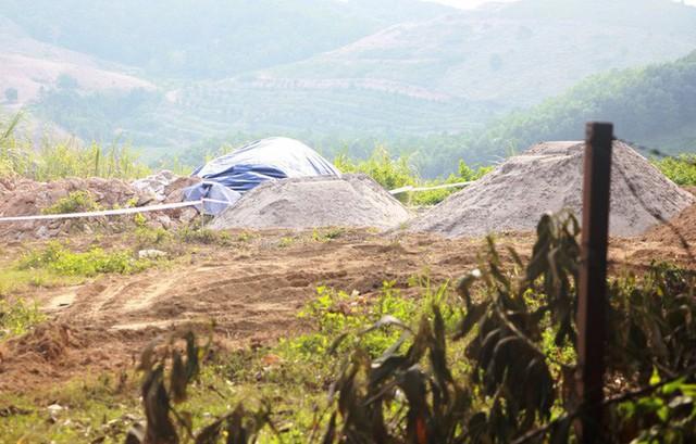 Yêu cầu di dời gấp chất thải nguy hại tại Nhà máy nước Sông Đà - Ảnh 3.