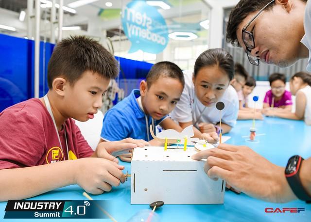 Nhân lực 4.0 và cơ hội từ những lớp học trong mơ giúp trẻ em yêu thích khoa học - Ảnh 1.