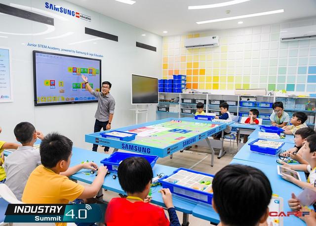 Nhân lực 4.0 và cơ hội từ những lớp học trong mơ giúp trẻ em yêu thích khoa học - Ảnh 2.