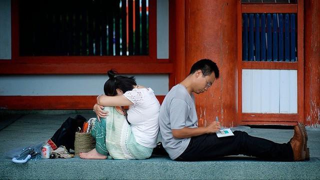 Bức tranh chân thực về phụ nữ Nhật Bản: Từ bé đã bị coi thường, đến khi lấy chồng cũng chẳng được đối xử đúng nghĩa như một người phụ nữ - Ảnh 3.nguoidentubinhduong.com