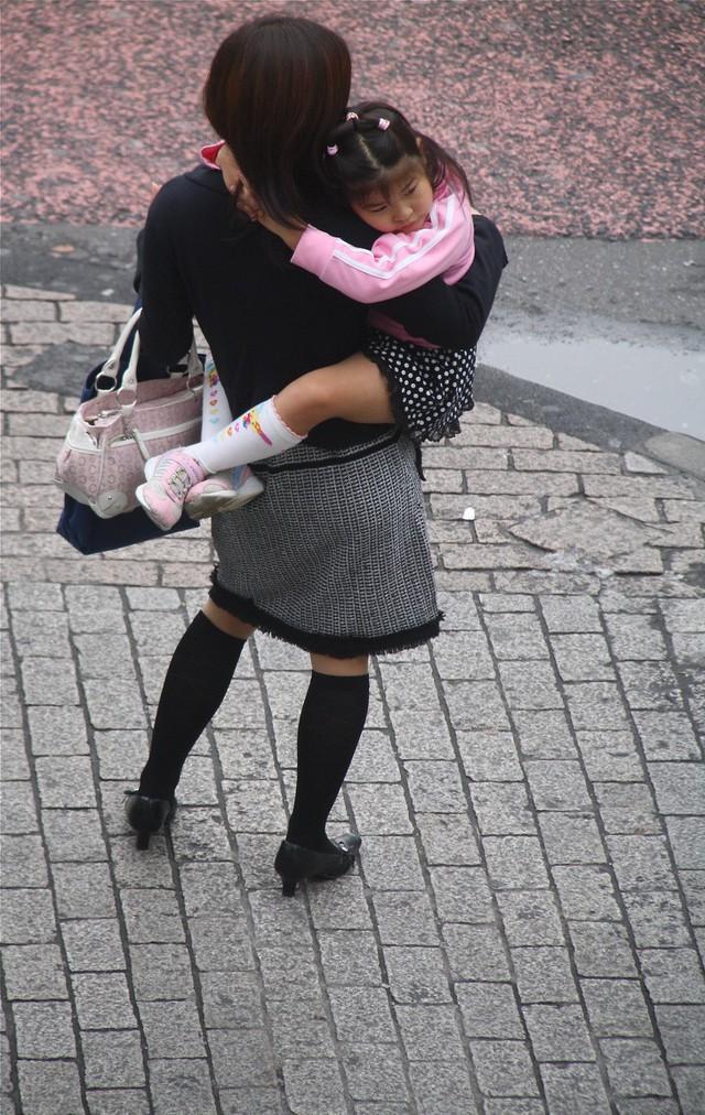 Bức tranh chân thực về phụ nữ Nhật Bản: Từ bé đã bị coi thường, đến khi lấy chồng cũng chẳng được đối xử đúng nghĩa như một người phụ nữ - Ảnh 6.nguoidentubinhduong.com