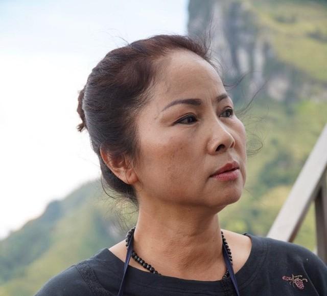 Bà chủ công trình trên đèo Mã Pí Lèng: Tôi không tự ý làm, không xây dựng vụng trộm  - Ảnh 2.