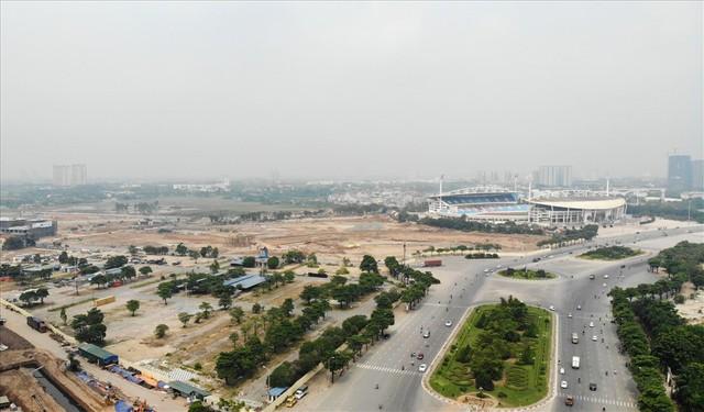 Sau 6 tháng thi công, hình hài đường đua ôtô F1 tại Hà Nội ra sao? - Ảnh 2.