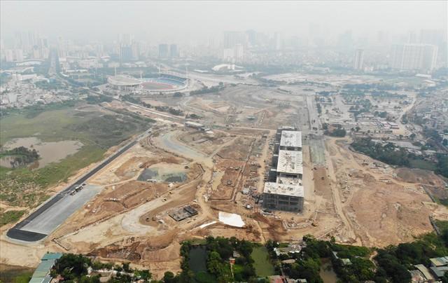 Sau 6 tháng thi công, hình hài đường đua ôtô F1 tại Hà Nội ra sao? - Ảnh 8.