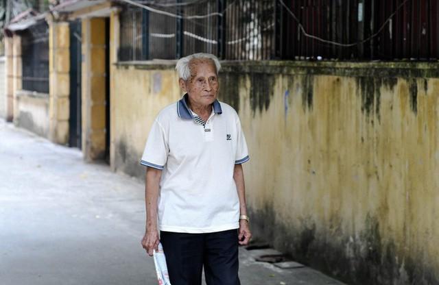 Tướng Thước: 94 tuổi xét nghiệm chỉ số sức khỏe trẻ như thanh niên và lần đầu nói về rượu, thuốc lá, thói xấu của đàn ông - Ảnh 4.