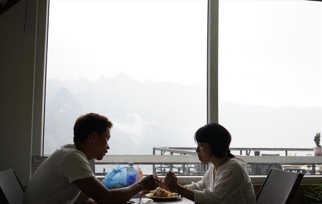 Buổi sáng ở nhà hàng trên đèo Mã Pì Lèng - Ảnh 5.