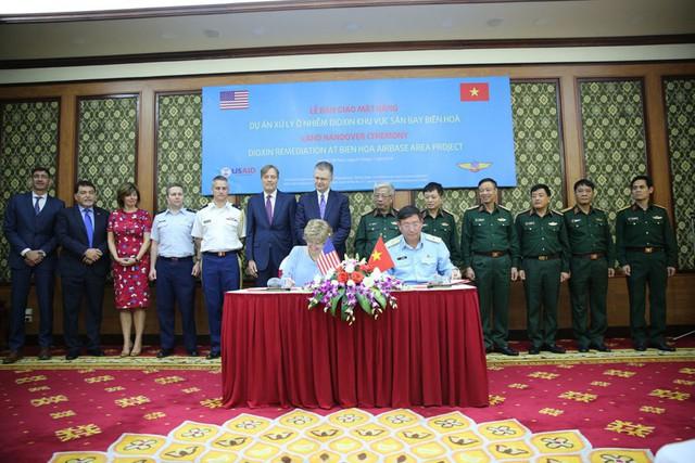 Thượng tướng Nguyễn Chí Vịnh nói về cam kết đến cuối cùng' Việt - Mỹ - Ảnh 3.