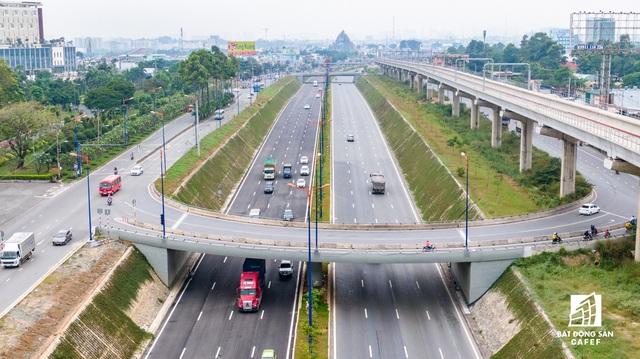 Cận cảnh dự án giao thông đang giúp mở rộng cửa ngõ phía Đông TP.HCM - Ảnh 8.