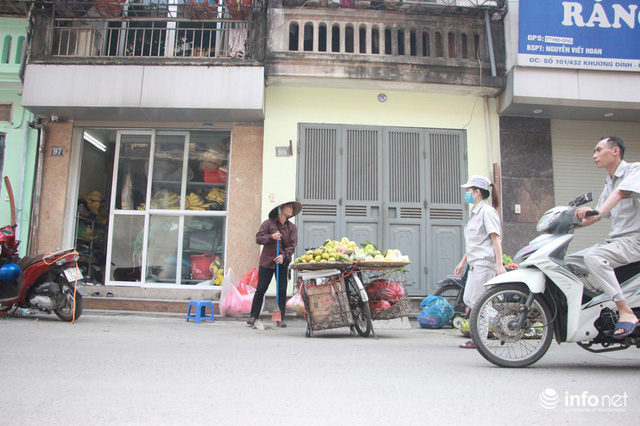 Người mua, kẻ bán tấp nập trở lại trên con ngõ nhỏ cạnh Nhà máy Rạng Đông - Ảnh 12.