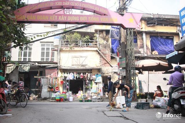 Người mua, kẻ bán tấp nập trở lại trên con ngõ nhỏ cạnh Nhà máy Rạng Đông - Ảnh 14.