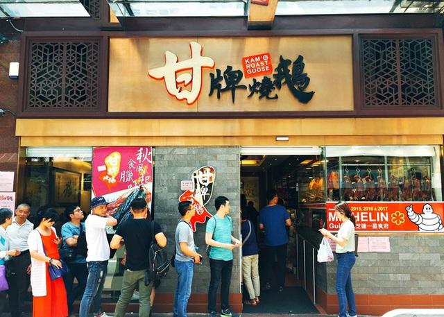 Có thể bạn chưa biết: Ngồi ăn với người xa lạ hay văn hóa ghép bàn là chuyện rất đỗi bình thường ở Hồng Kông - Ảnh 4.