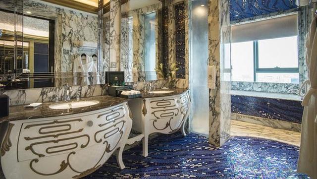 Bên trong khách sạn 6 sao Bảo Thy tổ chức đám cưới: Nơi dành cho giới quyền lực và siêu giàu - Ảnh 12.