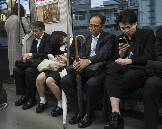 Nghìn lẻ một bí quyết giúp tiết kiệm tiền, bảo vệ sức khỏe và môi trường của hội công sở Nhật Bản - Ảnh 3.