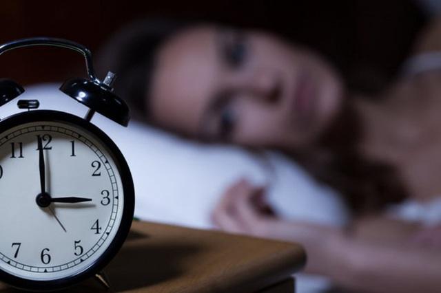 Nếu thấy xuất hiện 3 biểu hiện này trong khi ngủ chứng tỏ phổi của bạn đang kêu cứu - Ảnh 3.