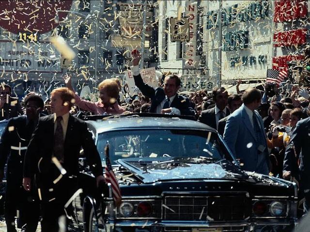 """Vụ ám sát tổng thống Kennedy đã """"cách mạng hóa"""" những chiếc xe chuyên chở các Tổng thống như thế nào? - Ảnh 4."""