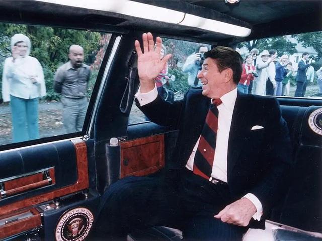 """Vụ ám sát tổng thống Kennedy đã """"cách mạng hóa"""" những chiếc xe chuyên chở các Tổng thống như thế nào? - Ảnh 5."""