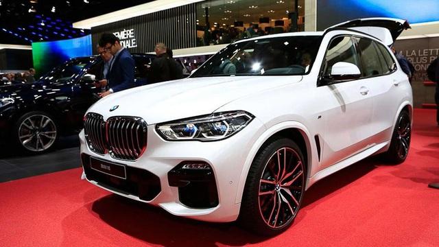 Xe sang Đức giảm giá kỷ lục, thị trường ô tô Việt chạm đáy mới - Ảnh 2.