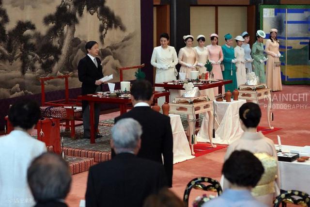 Hoàng hậu Masako ngày càng tỏa sáng, nổi bật nhất giữa các thành viên nữ hoàng gia Nhật trong sự kiện mới nhất - Ảnh 1.