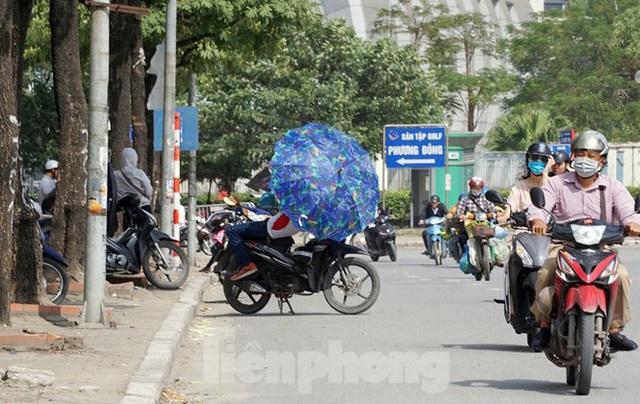 Dân phe hét vé trận Việt Nam - Thái Lan gấp 10 lần giá gốc - Ảnh 10.