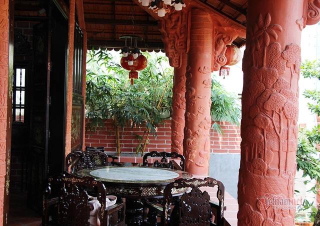 Biệt phủ bằng gốm đỏ có 1 không 2 Việt Nam của đại gia miền Tây - Ảnh 14.