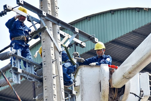 Nguy cơ thiếu điện nghiêm trọng: Tiết kiệm hay tăng giá? - Ảnh 1.
