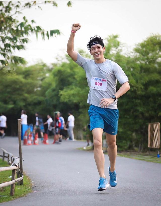Chạy bộ nhiều giúp sống lâu, nhưng có 2 trường hợp chạy bộ càng nhiều là đang tự giết mình  - Ảnh 1.