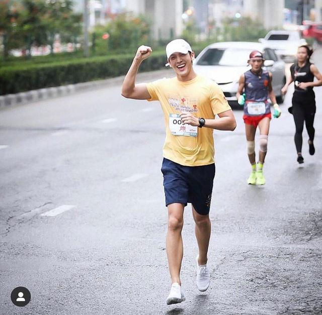 Chạy bộ nhiều giúp sống lâu, nhưng có 2 trường hợp chạy bộ càng nhiều là đang tự giết mình  - Ảnh 2.
