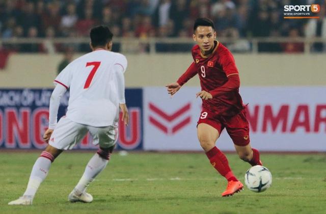 Bật mí chiêu đổi số áo gây sốt của tuyển Việt Nam trước giờ đấu Thái Lan - Ảnh 3.