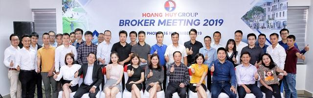 Tài chính Hoàng Huy (TCH): Nếu thời tiết thuận lợi sẽ hoàn thành dự án Hoàng Huy Mall trước tháng 7/2020 - Ảnh 1.