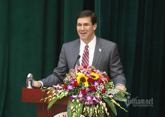 Bộ trưởng Quốc phòng Mỹ dẫn chuyện Hai Bà Trưng, ngưỡng mộ tinh thần tự cường Việt Nam - Ảnh 1.