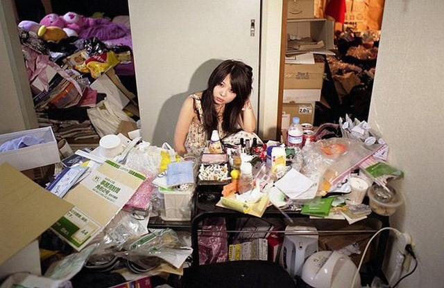 Hikikomori - Một thế hệ hơn 10 triệu người Nhật chối bỏ xã hội, sống ru rú trong nhà và trở thành nỗi xấu hổ của gia đình, bị người ngoài kì thị - Ảnh 2.
