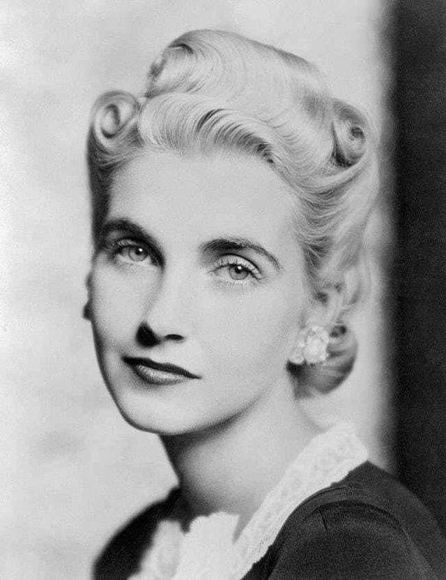 Đời buồn của nữ thừa kế xinh đẹp: Chưa từng được yêu thương, trải qua 7 cuộc hôn nhân cuối cùng chết trong cô độc, nghèo khó - Ảnh 3.