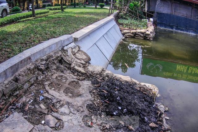 Cận cảnh bờ kè bằng khối bê tông đúc sẵn thí điểm cho Hồ Gươm - Ảnh 5.